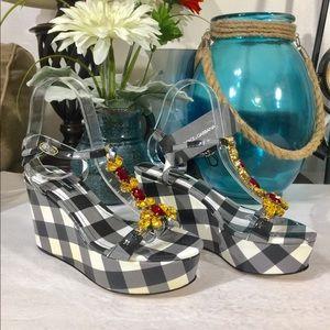NWT $980 DOLCE & GABBANA Leather Wedge Sandal EU37